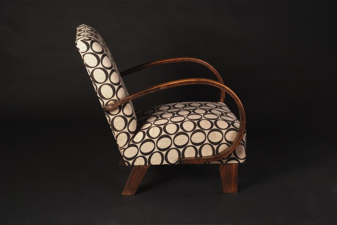 Modern Armchair | Side view | 1928 - 1935