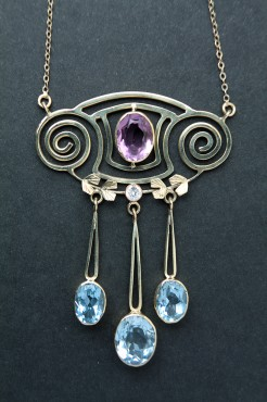 Amethyst Necklace | Jewelry | Secession