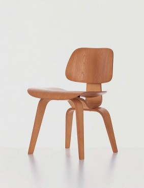 Plywood Chair DCW |  Charles & Ray Eames