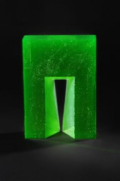 Ivana Mašitová | Green Gate | glass object | czech glass