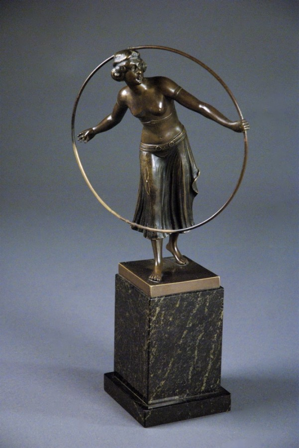 Woman with a Loop | Art Deco